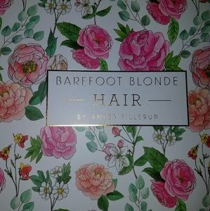 NWT Brownstone Barefoot blonde hair extensions